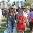 Paris Hilton et sa soeur Nicky au festival de musique de Coachella 2014, le 11 avril