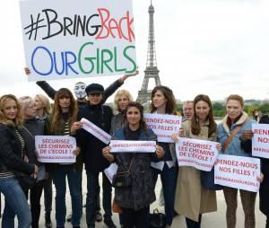 Géraldine Nakache, Léa Seydoux ou encore Sandrine Kiberlain soutiennent le mouvement #BringBackOurGirls, le 13 mai 2014 au Trocadéro