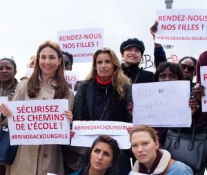 Géraldine Nakache et Léa Seydoux soutiennent le mouvement #BringBackOurGirls, le 13 mai 2014 au Trocadéro