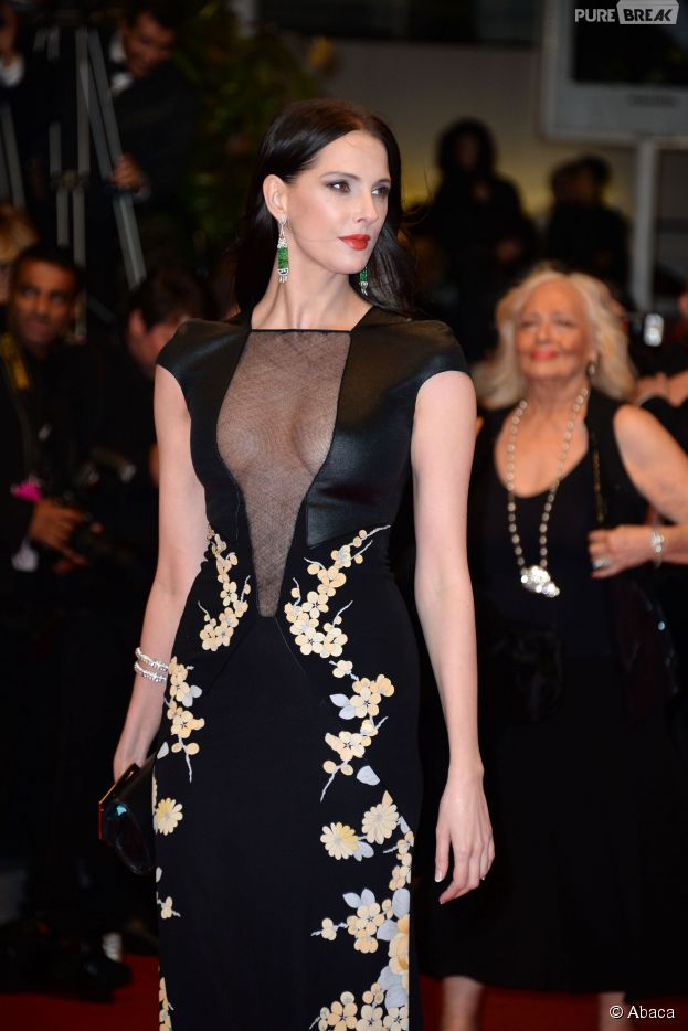 """Festival de Cannes 2014 : Frédérique Bel lors de la montée des marches pour le film """"Maps to the stars"""""""