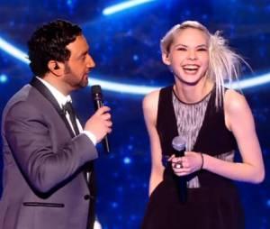 Nouvelle Star 2014 : Sophie-Tith blonde pendant la finale