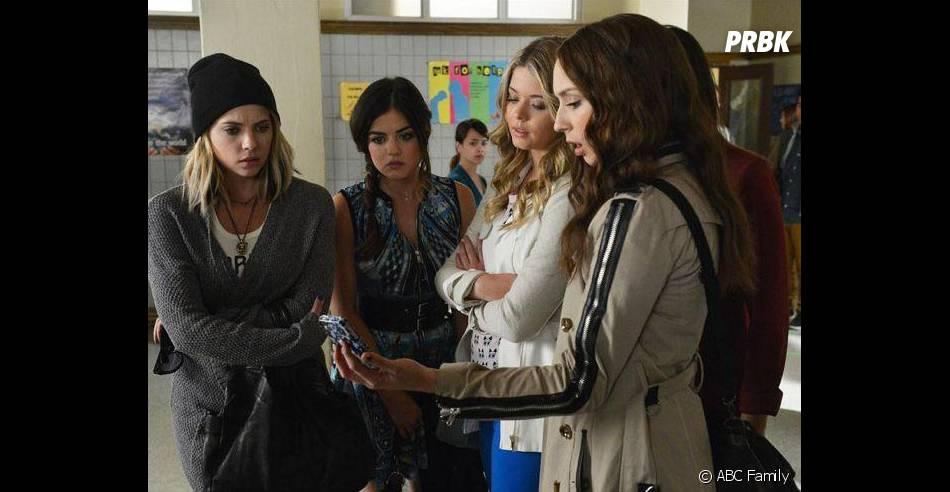 Pretty Little Liars saison 5, épisode 6 : Hanna, Aria, Ali et Spencer sur une photo