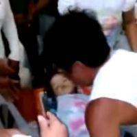 [VIDEO] une fillette de 3 ans, déclarée morte, se réveille à son enterrement