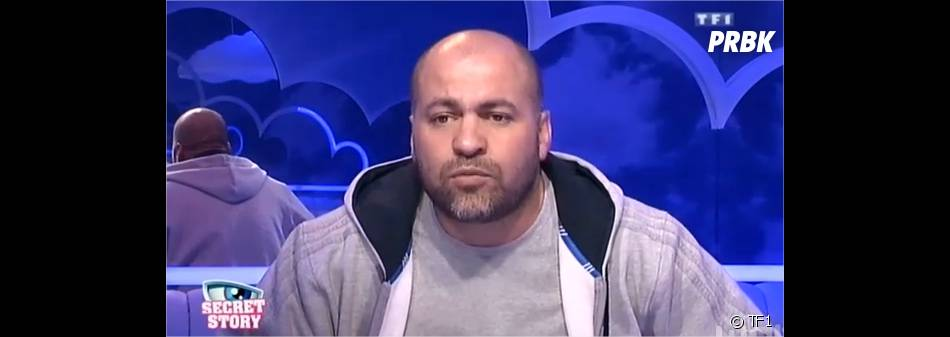 Secret Story 8 : Abdel évoque les rumeurs sur son exclusion sur Facebook