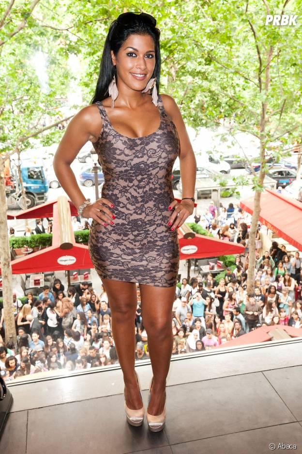 Ayem Nour en promo pour Les Anges de la télé-réalité 4 en juin 2012