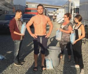 L'Ice Bucket Challenge de Stephell Amell