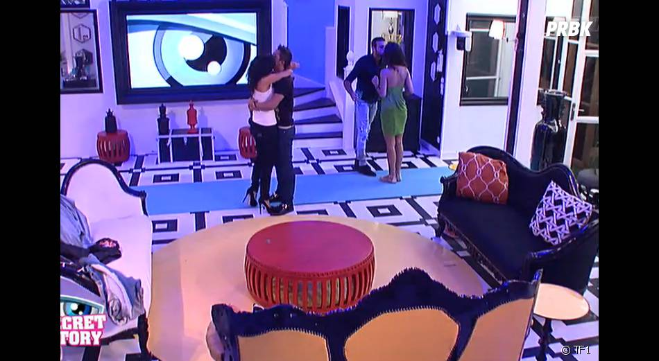 Secret Story 8 : Vivian et Nathalie ne se quittent plus