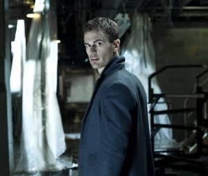 Theo James dans Underworld : nouvelle ère en 2013