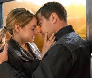 Theo James et Shailene Woodley dans Divergente