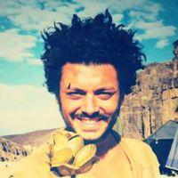Kev Adams : une surprise pour ses fans sur le tournage d'Aladin