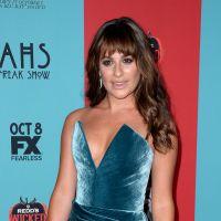 Lea Michele sexy : décolleté et jambe à l'air pour soutenir Ryan Murphy