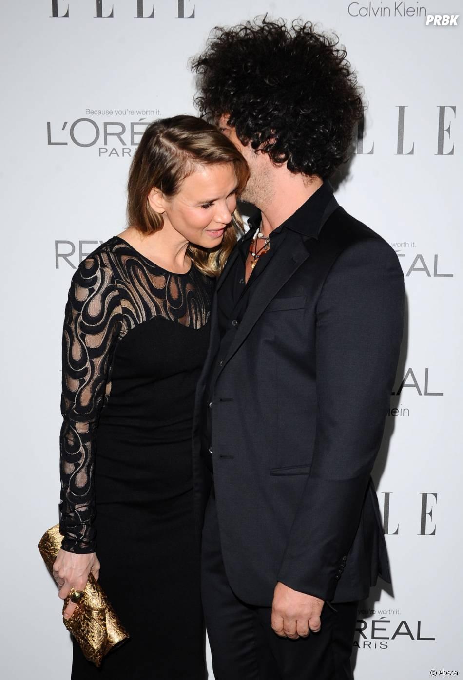 Renee Zellweger et son petit-ami Doyle Bramhall aux ELLE Women in Hollywood Awards 2014
