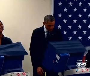 Barack Obama : un vrai showman au bureau de votes