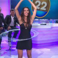 Leila Ben Khalifa : séance de hula hoop sexy dans L'oeuf ou la poule