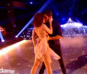 Nathalie Péchalat et Christophe Licata sensuels dans Danse avec les stars 5