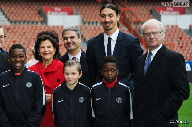 Zlatan Ibrahimovic au Parc des Princes avec le roi de Suède et sa femme Silvia, le 2 décembre 2014 à Paris
