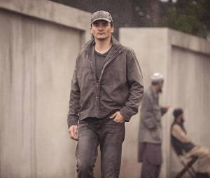 Homeland saison 4, épisode 11 : Rupert Friend sur une photo