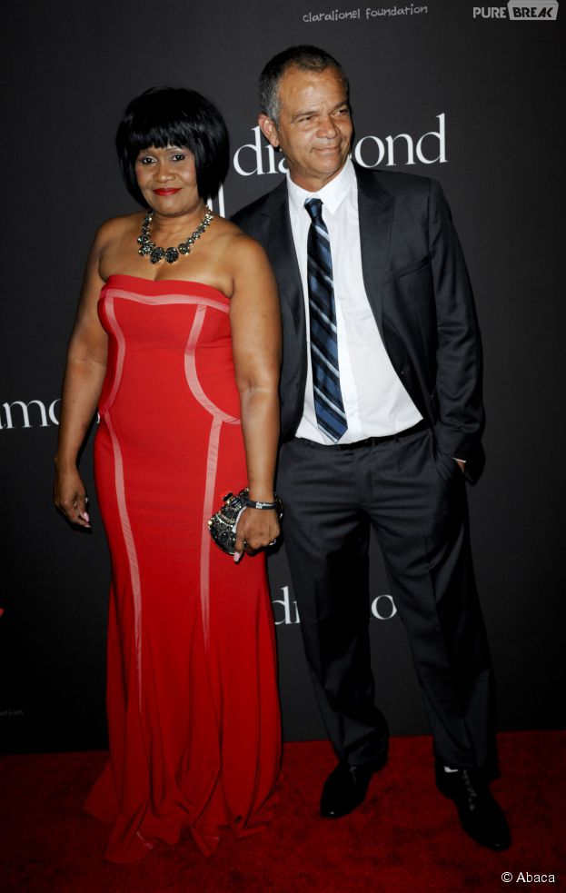 Rihanna : son père, Ronald Fenty, et sa mère Monica sur le tapis rouge du Diamond Ball