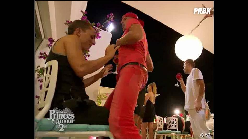 Les Princes de l'amour 2 : Charles danse pour Arthur dans l'épisode 47 du 13 janvier 2015, sur W9