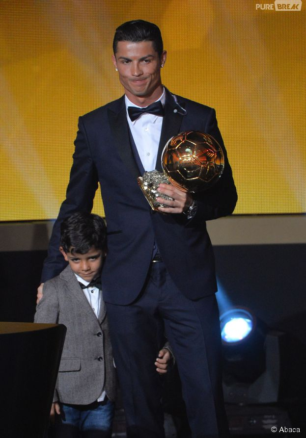 Cristiano Ronaldo a remporté le Ballon d'or 2014, le 12 janvier 2015 à Zurich