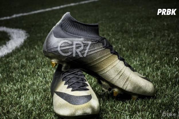 Cristiano Ronaldo : ses chaussures en diamants offertent par Nike