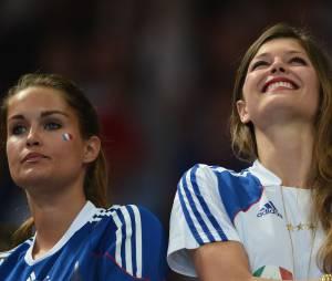 Jeny Priez et Géraldine Pillet, supportice de charme des Bleus