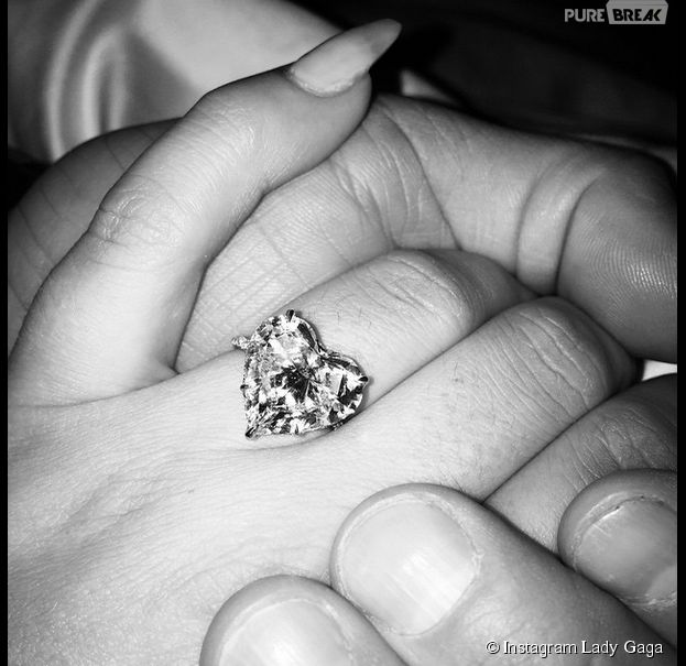 Lady Gaga est fiancée à Taylor Kinney
