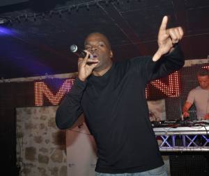 Menelik fête les 20 ans du club La Plage à Bordeaux le 14 mars 2015