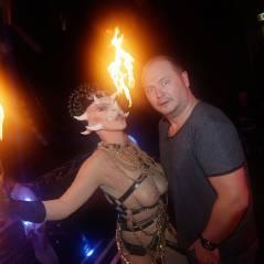 Cauet et une femme à trois seins, Black M... soirée très festive à Bordeaux