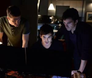 Pretty Little Liars saison 5, épisode 25 : photo de Toby (Keegan Allen), Caleb (Tyler Blackburn) et Ezra (Ian Harding)