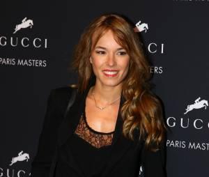 Elodie Fontan sexy lors des Gucci Paris Masters