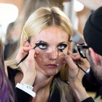Une jeune australienne devient paralysée après avoir utilisé le pinceau à maquillage de son amie