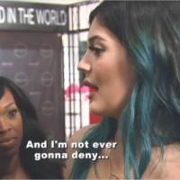 Kylie Jenner avoue (enfin) avoir fait gonfler ses lèvres !