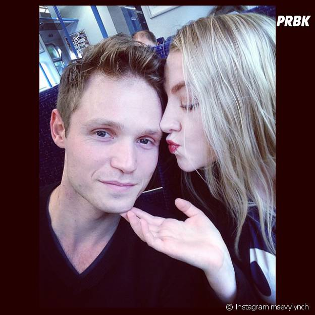 Evanna Lynch et Robbie Jarvis complices sur Instagram