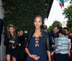 Noémie Lenoir enceinte au Global Gift Gala 2015, le 25 mai 2015
