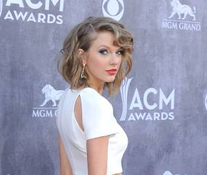Taylor Swift nommée aux Teen Choice Awards 2015