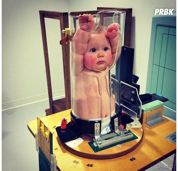 Un bébé coincé dans un tube fait le buzz sur Twitter