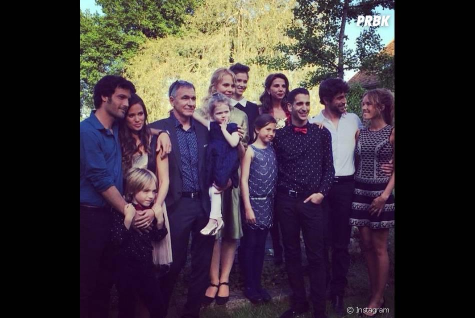 Clem saison 6 : photo de famille sur le tournage