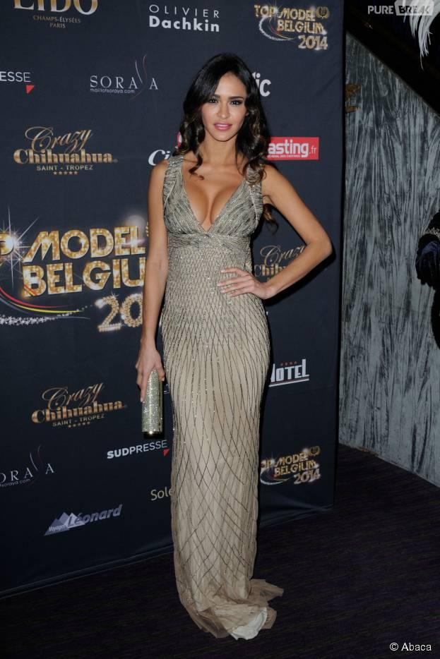 Leila Ben Khalifa sexy pour la finale de Top Model Belgium, le 23 novembre 2014 au Lido à Paris
