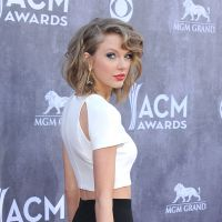 """Taylor Swift console une fan désespérée sur Tumblr : """"Tu vaux mieux que ces amis en carton"""""""