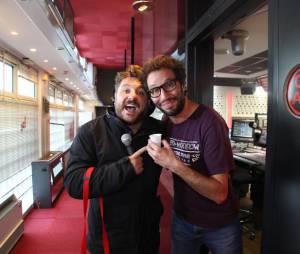Bruno Guillon : pour la journée de la paix, l'animateur de Fun Radio a enterré la hache de guerre avec Manu du 6/9 de NRJ