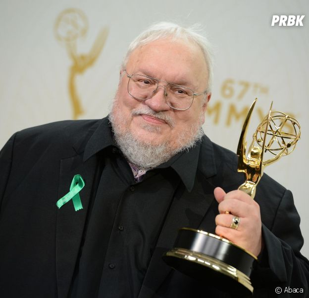 Game of Thrones saison 6 : George R.R. Martin pose aux Emmy Awards 2015
