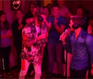 Rayane Bensetti et Keen'V chantent J'peux pas j'ai piscine en live dans l'émission de Cauet sur NRJ le 1er octobre 2015