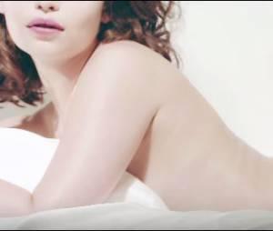 Emilia Clarke nue et sexy pour le magazine Esquire