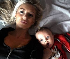 Stéphanie Clerbois maman gaga sur Instagram