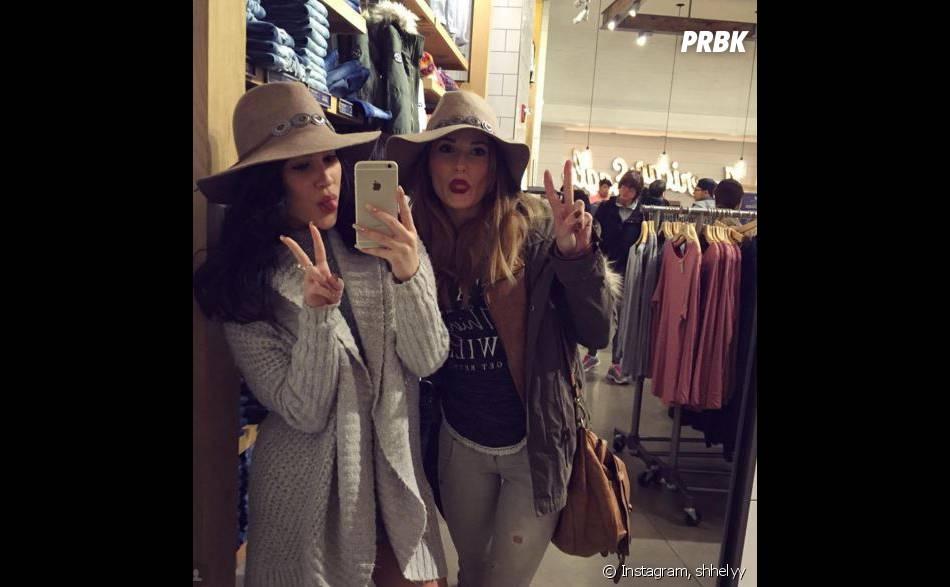 Capucine Anav en pleine séance shopping à New York