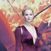 Jennifer Lawrence sexy : décolleté vertigineux à l'avant-première mondiale d'Hunger Games 4