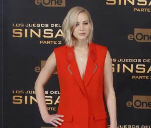 Jennifer Lawrence sexyau photocall d'Hunger Games 4, le 10 novembre 2015 à Madrid