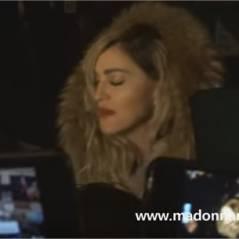 Madonna improvise un concert Place de la République en hommage aux victimes des attentats