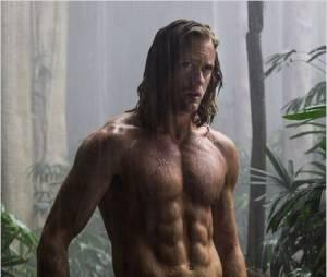 Alexander Skarsgard torse-nu dans Tarzan